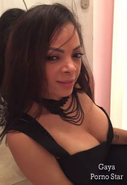 Actrice X escort girl sur paris
