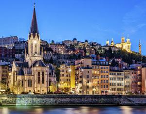 Cherche une escort en Auvergne-Rhône-Alpes pour rencontre