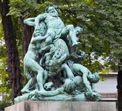 Faites une promenade dans les jardins du Luxembourg en compagnie de votre belle-de-jour
