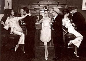 Le Maxim's tenue classe obligatoire et courtisane ViP du 8e indispensable pour son image de gentleman aisé