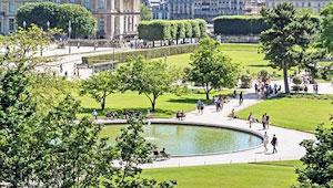 Une confidence passionnée pourrait tisser les liens d'une liaison discrète avec un gentleman courtois au jardin des Tuileries