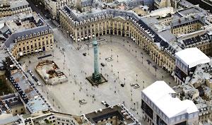 La call girl de luxe sensible aux beaux bijoux craquera pour un rendez-vous coquin Place Vendôme